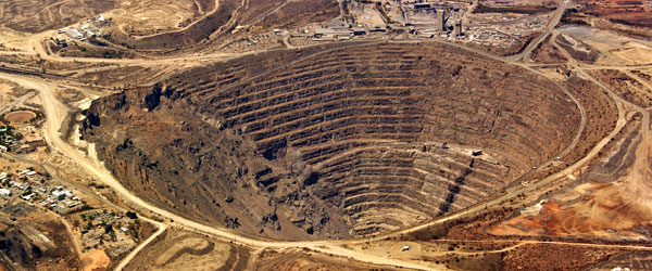 21d-africa-open-pit-mine