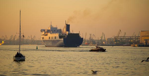 21d-cleveland-europe-express-ocean-freight-service