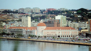 300x169-2-Features 13-Country-Rpt_Angola