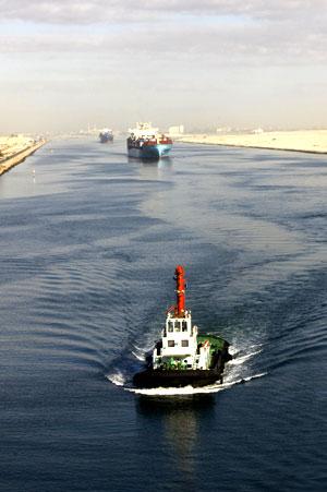11d-egypt-suez-canal